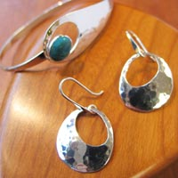 Ed Levin featured Jeweler at Mackerel Sky Gallery of Contemporary Craft